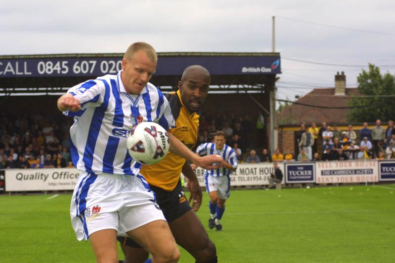 Simon Morgan controls the ball, Cambridge Game 11 August 2001