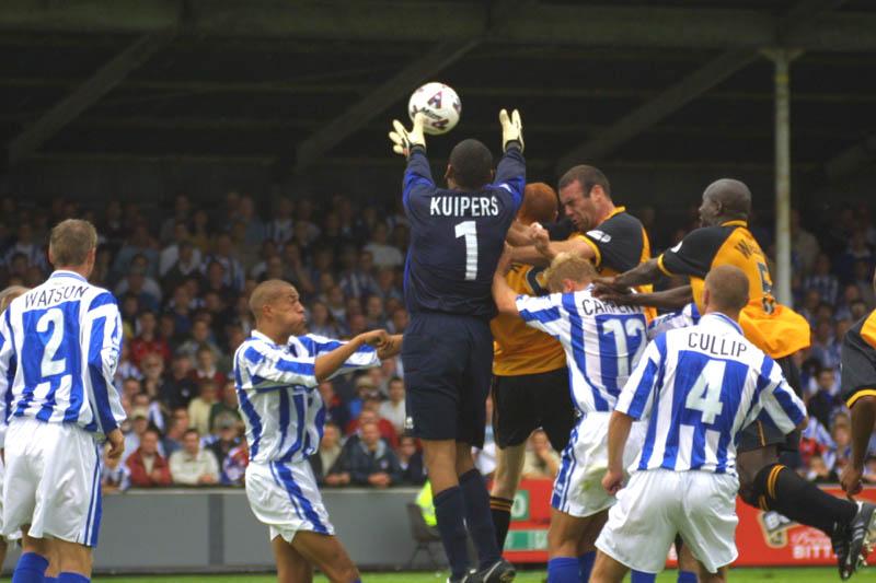 Kuipers rises, Cambridge Game 11 August 2001
