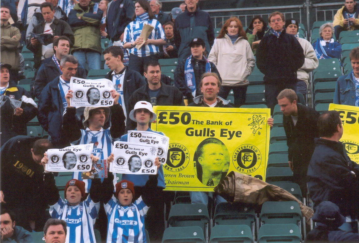 Gulls Eye 50 pound note before chesterfield game 01 may 2001