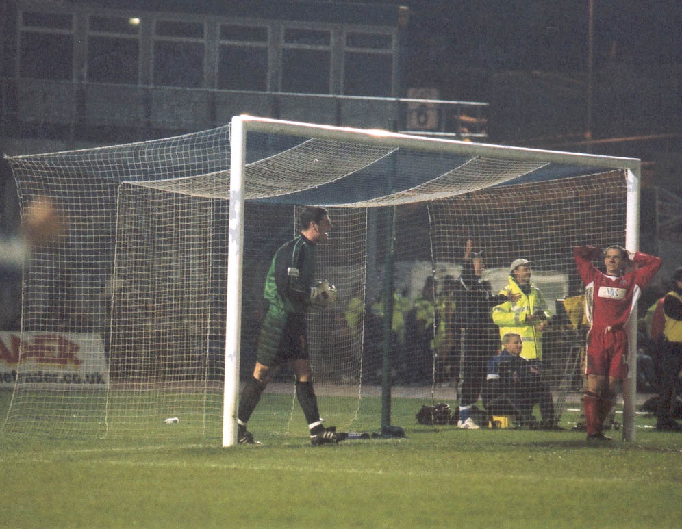 Pick that one out the net, GOAL! Chesterfield game 01 may 2001