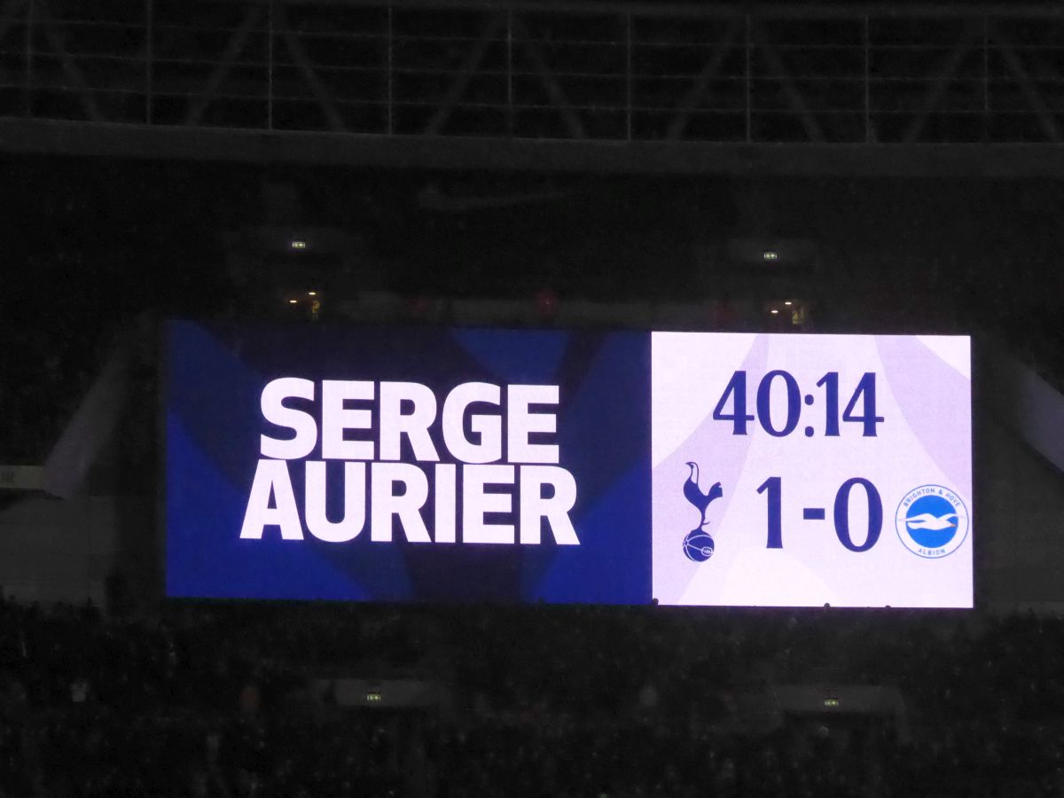 Tottenham Hotspurs (Spurs) Game 13 December 2017 image 027