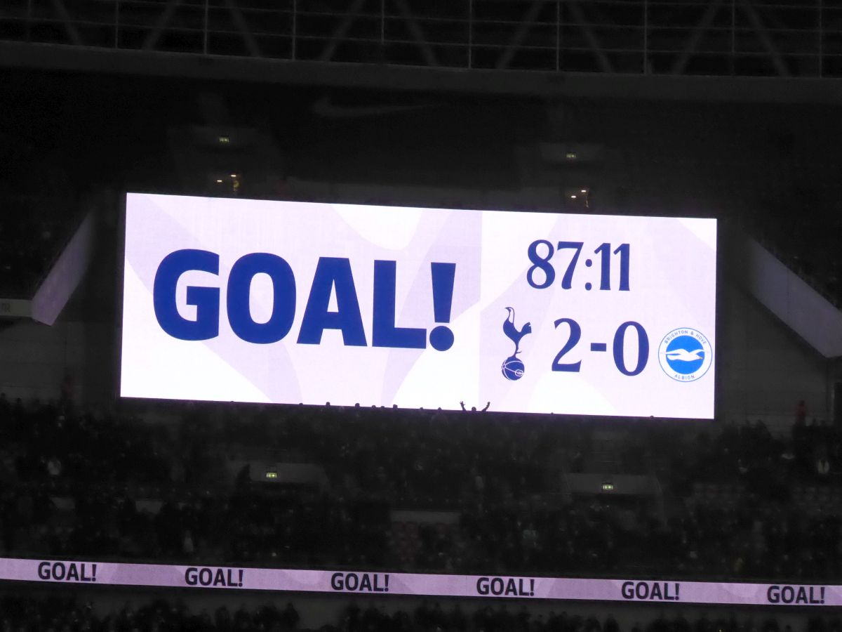 Tottenham Hotspurs (Spurs) Game 13 December 2017 image 029